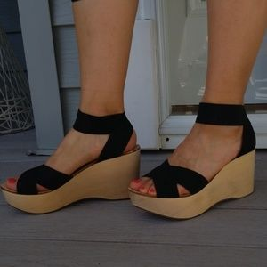 ♧ RARE Like New Sigerson Morrison Belle Heels